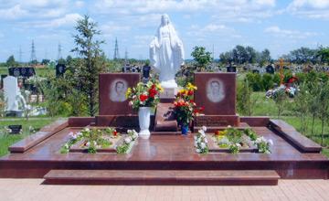 Памятники для семейных захоронений